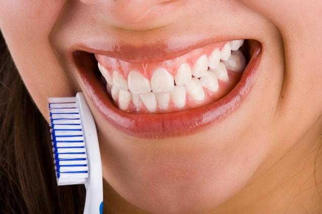 La limpieza dental reduce el riesgo de ataques al corazón